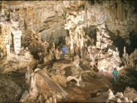 Μαρώνεια Το σπήλαιο