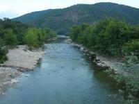 Ποταμός Κομψάτος στο Τρίκορφο